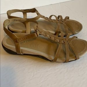Jambu tan sandals. Size 7.5